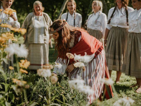 Klaipeda Region Culinary flavors: herbs' picking