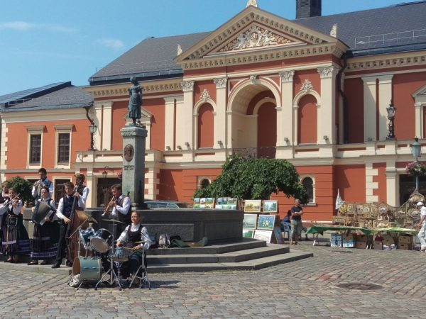 Local folklore group performing in Klaipeda Old Town, Theatre Square