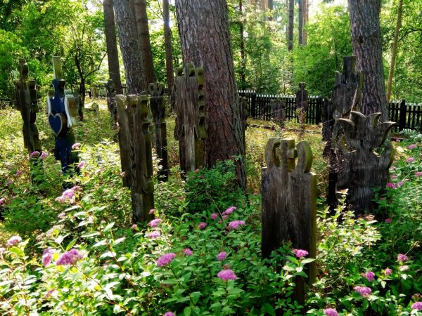 Wooden tomb monuments in Nida Ethnographic cemetery